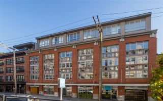 """Photo 1: 401 1072 HAMILTON Street in Vancouver: Yaletown Condo for sale in """"The Crandrall"""" (Vancouver West)  : MLS®# R2598464"""