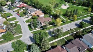 Photo 16: 180 Park Grove Drive in Winnipeg: Southdale Residential for sale (2H)  : MLS®# 202122168