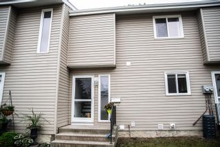 Photo 2: #125 87 BROOKWOOD Drive: Spruce Grove Townhouse for sale : MLS®# E4259172