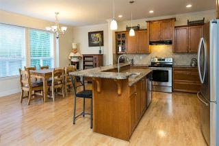 """Photo 4: 19662 73A Avenue in Langley: Willoughby Heights House for sale in """"Willoughby Heights"""" : MLS®# R2339919"""
