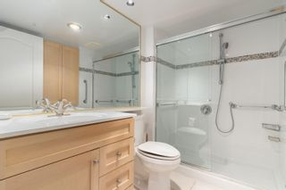 """Photo 13: B1 2202 MARINE Drive in West Vancouver: Dundarave Condo for sale in """"Stratford Court"""" : MLS®# R2616441"""