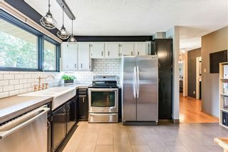 Photo 7: 184 MAPLE COURT Crescent SE in Calgary: Maple Ridge Detached for sale : MLS®# A1080744