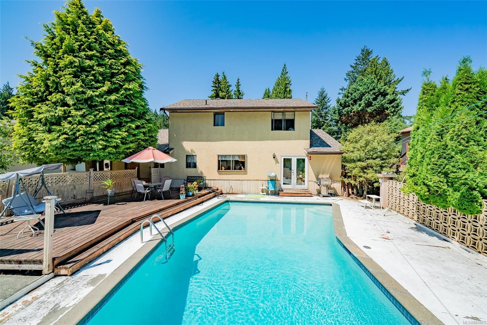 Main Photo: 3603 SUNRISE Pl in : Na Uplands House for sale (Nanaimo)  : MLS®# 881861