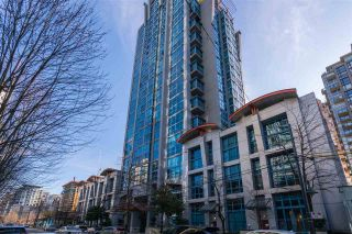 """Photo 1: 706 1238 SEYMOUR Street in Vancouver: Downtown VW Condo for sale in """"The Space"""" (Vancouver West)  : MLS®# R2558619"""
