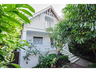 """Photo 1: 284 E 18TH Avenue in Vancouver: Main House for sale in """"Main Street"""" (Vancouver East)  : MLS®# V1068280"""