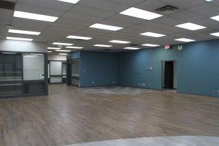 Photo 5: 14504 118 Street in Edmonton: Zone 27 Office for lease : MLS®# E4212859