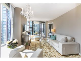 """Photo 2: 1301 928 HOMER Street in Vancouver: Yaletown Condo for sale in """"Yaletown Park 1"""" (Vancouver West)  : MLS®# R2605700"""