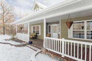 Photo 1: 33 KLIEWER Drive in Kleefeld: R16 Residential for sale : MLS®# 202000499