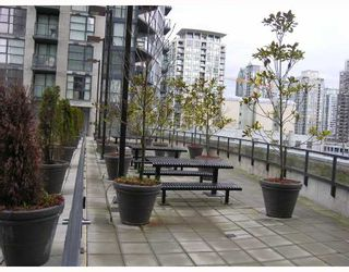"""Photo 7: 1907 1199 SEYMOUR Street in Vancouver: Downtown VW Condo for sale in """"BRAVA"""" (Vancouver West)  : MLS®# V742072"""