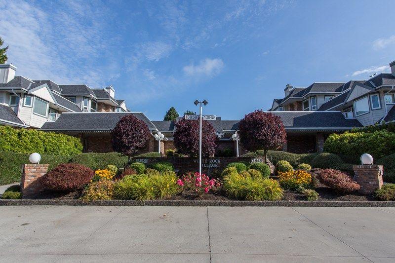 "Main Photo: 111 13959 16 Avenue in Surrey: Crescent Bch Ocean Pk. Condo for sale in ""White Rock Village (Wiltshire House )"" (South Surrey White Rock)  : MLS®# R2486697"