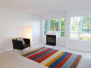"""Photo 1: 206 1330 GRAVELEY Street in Vancouver: Grandview VE Condo for sale in """"HAMPTON COURT - COMMERCIAL DRIVE"""" (Vancouver East)  : MLS®# V1075644"""