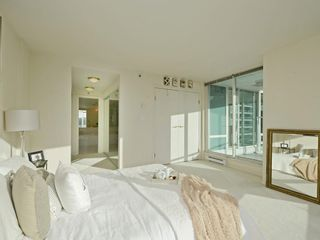 Photo 12: 702 1501 HOWE STREET in Vancouver: Yaletown Condo for sale (Vancouver West)  : MLS®# R2325497