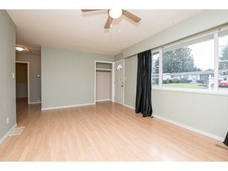 Photo 5: 2052 VINEWOOD Street in Abbotsford: Central Abbotsford House for sale : MLS®# R2129991