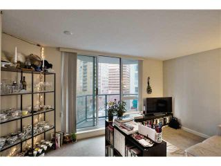"Photo 10: 703 1212 HOWE Street in Vancouver: Downtown VW Condo for sale in ""1212 HOWE"" (Vancouver West)  : MLS®# V1111343"