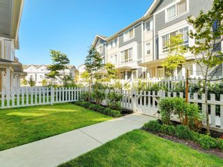 Photo 19: 56 370 Latoria Blvd in : Co Royal Bay Row/Townhouse for sale (Colwood)  : MLS®# 882214