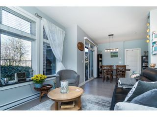 """Photo 10: 104 20062 FRASER Highway in Langley: Langley City Condo for sale in """"Varsity"""" : MLS®# R2453386"""
