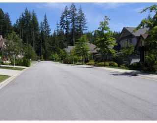 "Photo 10: 110 FERNWAY Drive in Port_Moody: Heritage Woods PM House for sale in ""STONERIDGE"" (Port Moody)  : MLS®# V778674"