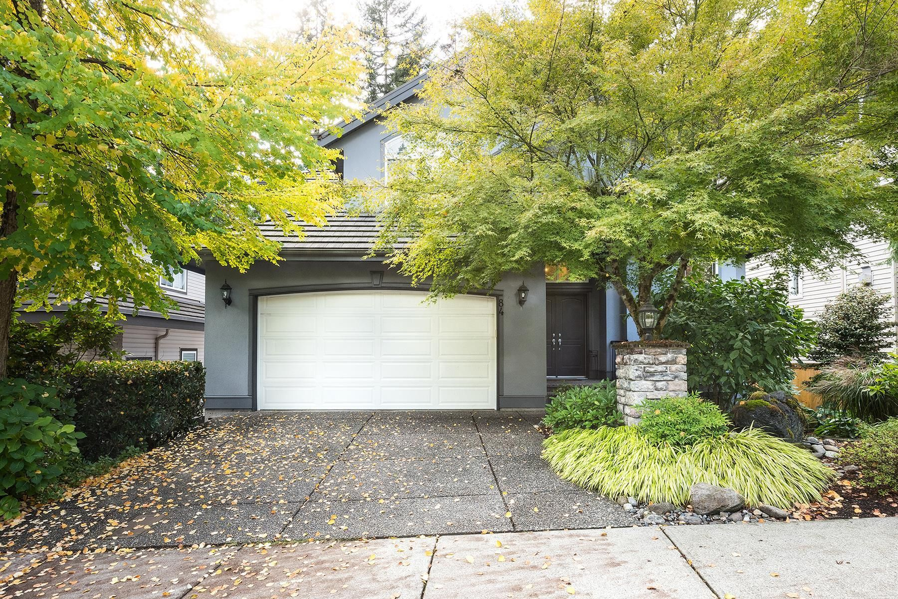 Main Photo: 84 EAGLE Pass in Port Moody: Heritage Mountain House for sale : MLS®# R2623563