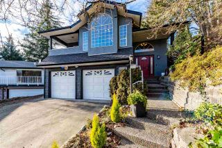 Photo 3: 2253 SENTINEL Drive in Abbotsford: Central Abbotsford House for sale : MLS®# R2537595
