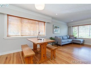 Photo 7: 465 Arnold Ave in VICTORIA: Vi Fairfield West House for sale (Victoria)  : MLS®# 755289