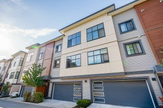 """Photo 2: 23 20849 78B Avenue in Langley: Willoughby Heights Townhouse for sale in """"BOULEVARD"""" : MLS®# R2598806"""