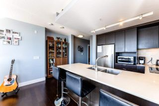 Photo 9: 901 1320 CHESTERFIELD AVENUE in North Vancouver: Central Lonsdale Condo for sale : MLS®# R2381849