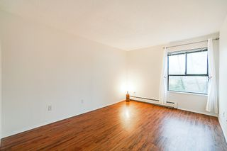 """Photo 16: 407 10698 151A Street in Surrey: Guildford Condo for sale in """"LINCOLN HILL"""" (North Surrey)  : MLS®# R2330178"""