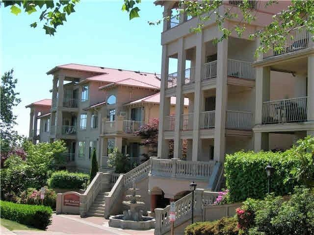 """Main Photo: 124 3176 PLATEAU Boulevard in Coquitlam: Westwood Plateau Condo for sale in """"THE TUSCANY"""" : MLS®# R2217313"""