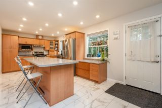 """Photo 13: 10248 159A Street in Surrey: Guildford House for sale in """"Somerset"""" (North Surrey)  : MLS®# R2533227"""