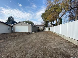 Photo 2: 885 5th Avenue Northwest in Moose Jaw: Central MJ Residential for sale : MLS®# SK873731