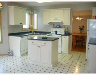 Photo 2: 544 BAIRDMORE Boulevard in WINNIPEG: A14 Residential for sale (South Winnipeg)  : MLS®# 2803947
