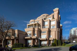 Photo 2: 104 75 Songhees Rd in : VW Songhees Row/Townhouse for sale (Victoria West)  : MLS®# 863660