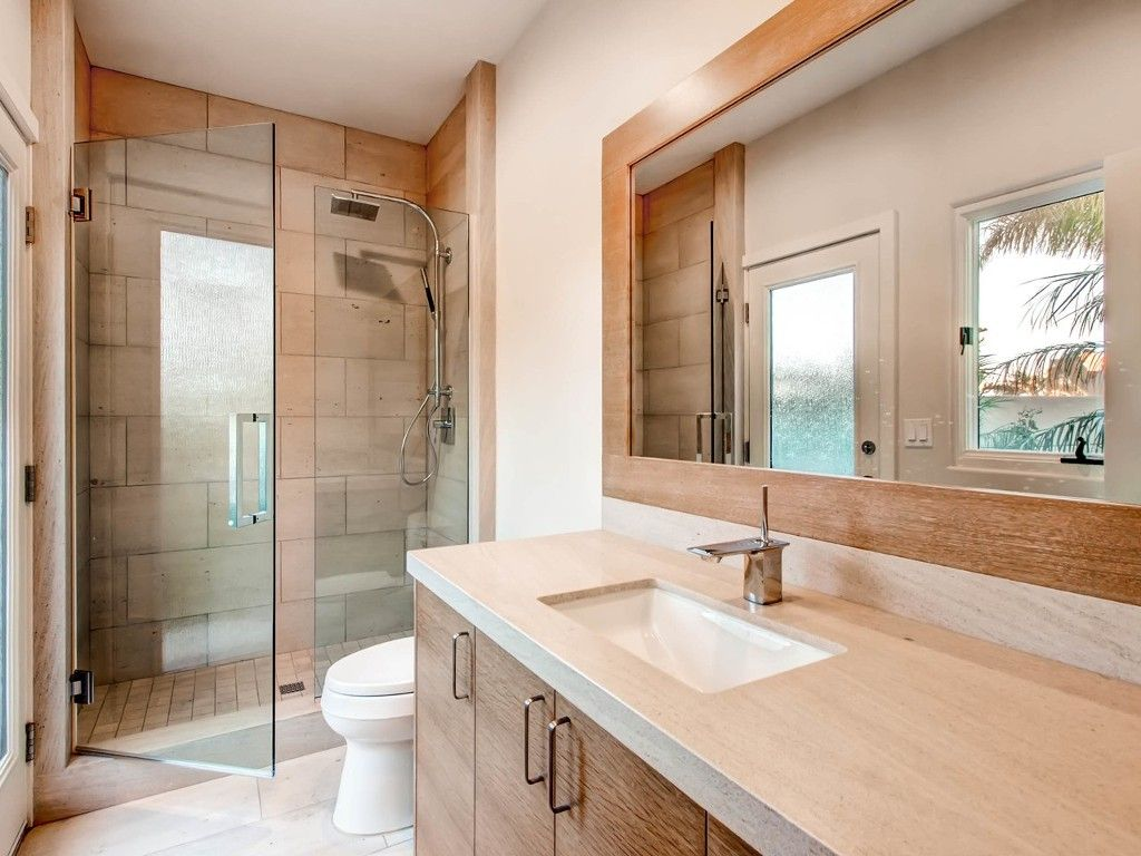 Photo 15: Photos: House for sale : 4 bedrooms : 4 Spinnaker Way in Coronado