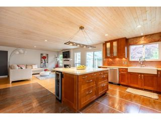 Photo 9: 16167 11B Avenue in Surrey: King George Corridor House for sale (South Surrey White Rock)  : MLS®# R2584194