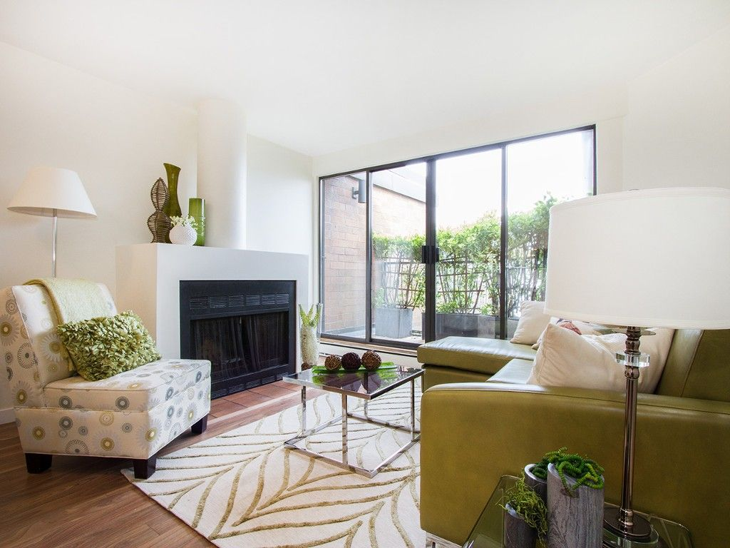 """Main Photo: 104 811 W 7TH Avenue in Vancouver: Fairview VW Townhouse for sale in """"WILLOW MEWS"""" (Vancouver West)  : MLS®# V1110537"""