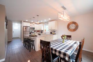 Photo 2: 29 10th ST NE in Portage la Prairie: House for sale : MLS®# 202120303