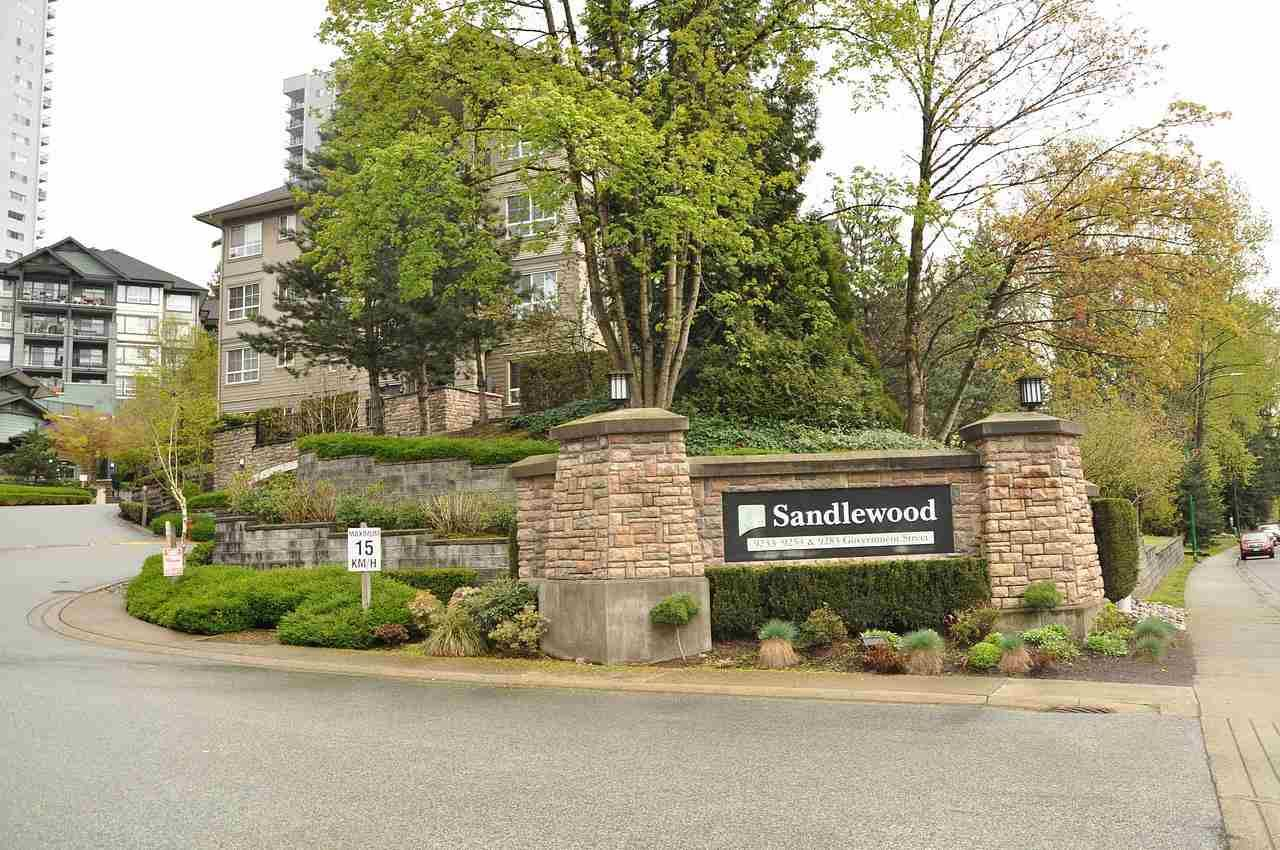 """Main Photo: 312 9233 GOVERNMENT Street in Burnaby: Government Road Condo for sale in """"SANDLEWOOD"""" (Burnaby North)  : MLS®# R2398621"""