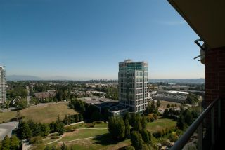 """Photo 19: 1901 6838 STATION HILL Drive in Burnaby: South Slope Condo for sale in """"BELGRAVIA"""" (Burnaby South)  : MLS®# R2285193"""