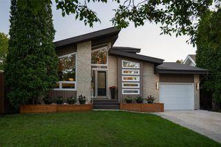 Photo 40: 30 Kinsbourne Green in Winnipeg: House for sale : MLS®# 202116378