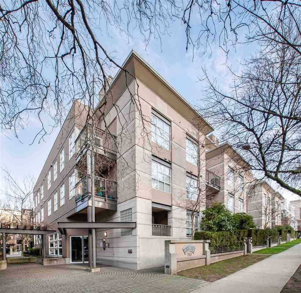 """Main Photo: 106 2161 W 12TH Avenue in Vancouver: Kitsilano Condo for sale in """"The Carlings"""" (Vancouver West)  : MLS®# R2427878"""