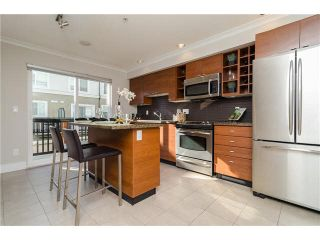 """Photo 6: 89 15833 26TH Avenue in Surrey: Grandview Surrey Townhouse for sale in """"BROWNSTONES"""" (South Surrey White Rock)  : MLS®# F1433090"""