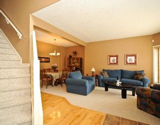 Photo 3: 215 EVERGREEN Heights SW in CALGARY: Shawnee Slps Evergreen Est Residential Detached Single Family for sale (Calgary)  : MLS®# C3381319