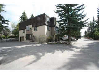 Photo 2: 426 3130 66 Avenue SW in CALGARY: Lakeview Townhouse for sale (Calgary)  : MLS®# C3521004