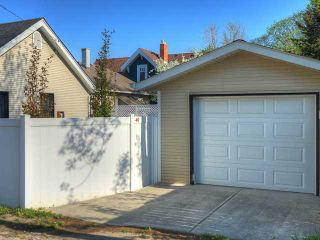 Photo 17: 912 2 Street NE in CALGARY: Crescent Heights Residential Detached Single Family for sale (Calgary)  : MLS®# C3582938