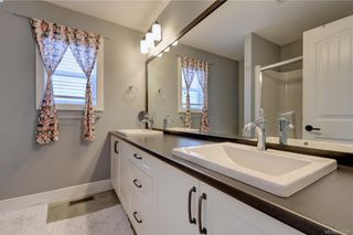 Photo 11: 1215 Bombardier Cres in Langford: La Westhills House for sale : MLS®# 817906