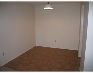 """Photo 3: 406 365 GINGER Drive in New Westminster: Fraserview NW Condo for sale in """"FRASER MEWS"""" : MLS®# V799961"""
