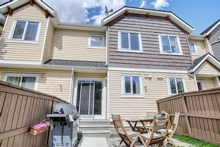 Photo 13: 49 Aspen Hills Drive in Calgary: Aspen Woods Row/Townhouse for sale : MLS®# A1108255