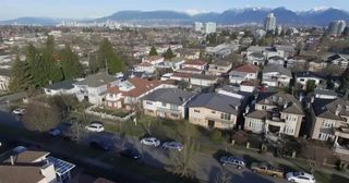 Photo 8: 2349 E 39TH Avenue in Vancouver: Collingwood VE House for sale (Vancouver East)  : MLS®# R2570052