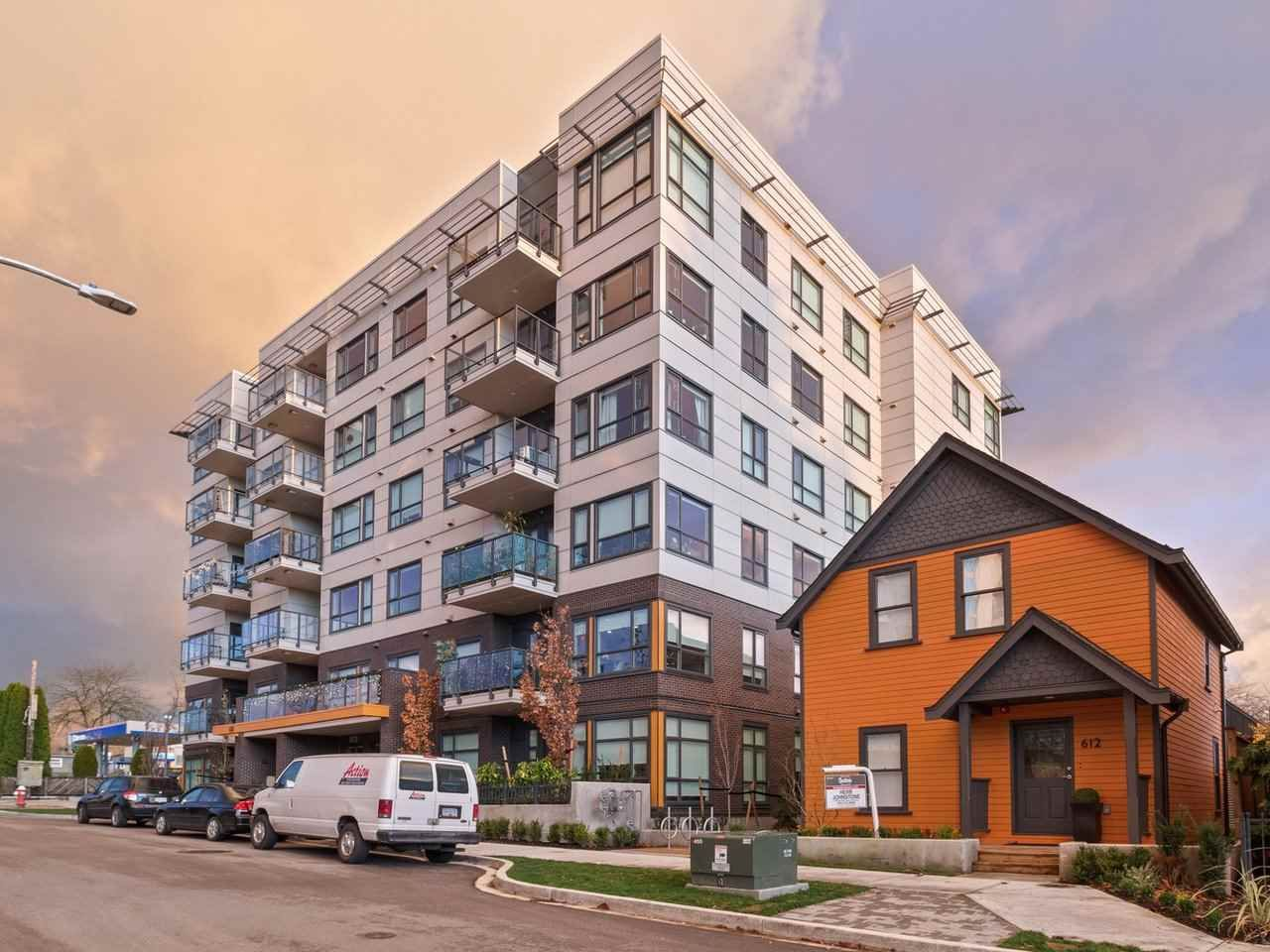 """Main Photo: 205 610 BRANTFORD Street in New Westminster: Uptown NW Condo for sale in """"Amira"""" : MLS®# R2517368"""