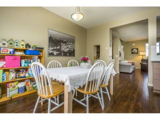 """Photo 11: 50 7155 189 Street in Surrey: Clayton Townhouse for sale in """"BACARA"""" (Cloverdale)  : MLS®# R2062840"""
